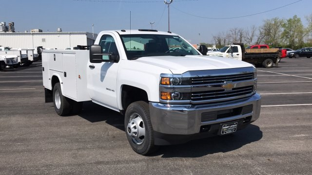 2018 Silverado 3500 Regular Cab DRW, Service Body #JZ188282 - photo 7