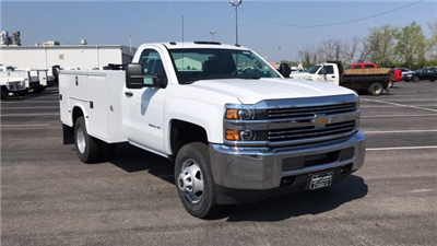 2018 Silverado 3500 Regular Cab DRW, Knapheide Standard Service Body #JZ188282 - photo 7