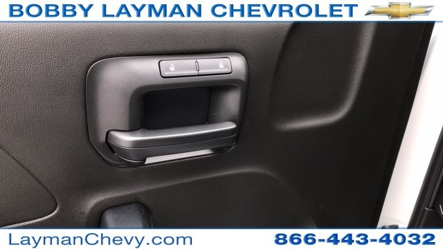 2018 Silverado 3500 Regular Cab DRW 4x4, Crysteel Dump Body #JZ252391 - photo 21