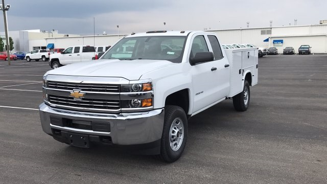 2018 Silverado 2500 Double Cab 4x4,  Knapheide Standard Service Body #JZ334872 - photo 3