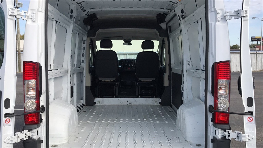 2018 ProMaster 1500 High Roof FWD,  Empty Cargo Van #PCA105130 - photo 3