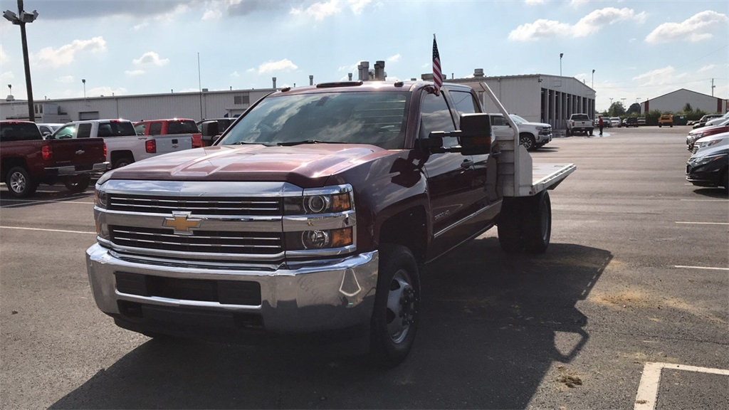 2016 Silverado 3500 Crew Cab DRW 4x2,  Platform Body #PCA183102 - photo 3