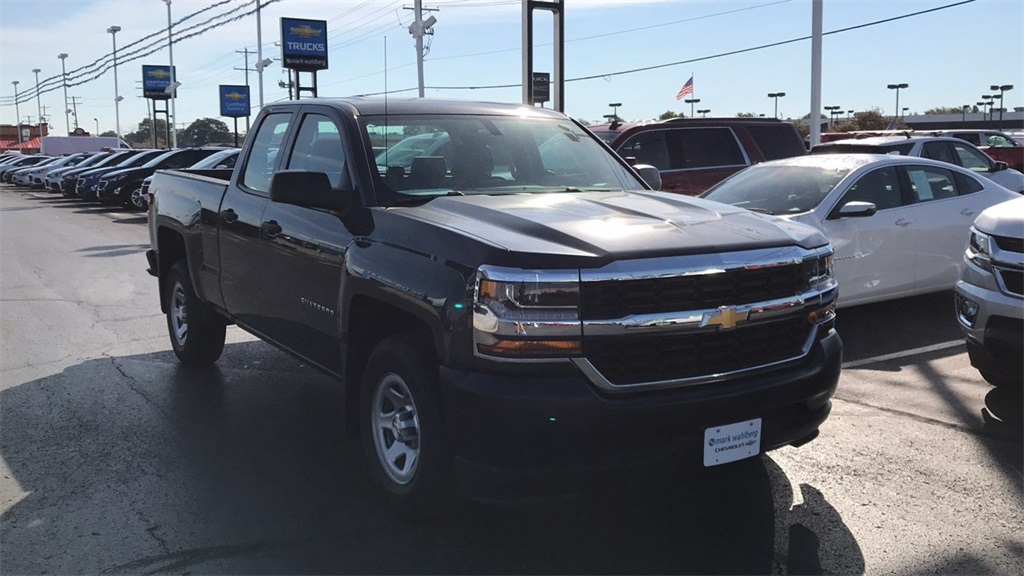 2018 Silverado 1500 Double Cab 4x2,  Pickup #PCR159685 - photo 5