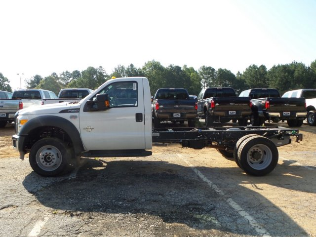2016 F-550 Regular Cab DRW 4x4, Cab Chassis #GEC05176 - photo 3
