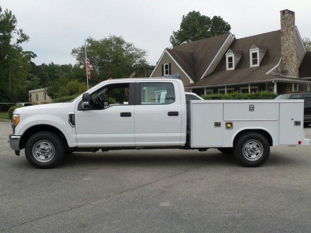 2017 F-250 Crew Cab, Reading Service Body #HEE21945 - photo 3