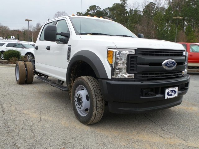 2017 F-550 Crew Cab DRW 4x4, Cab Chassis #HEE34427 - photo 12