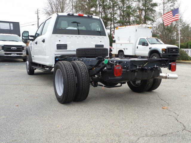 2017 F-550 Crew Cab DRW 4x4 Cab Chassis #HEE86198 - photo 2