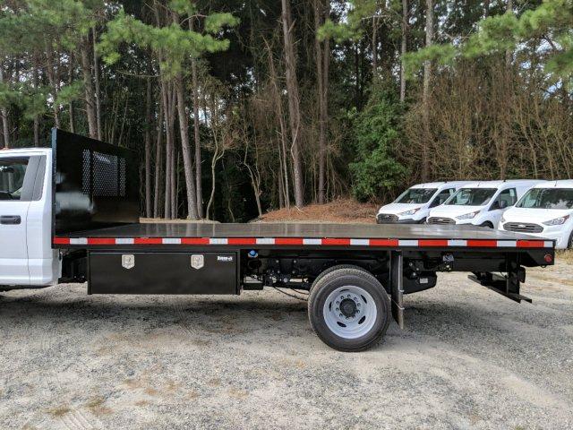 2019 F-550 Regular Cab DRW 4x2,  Smyrna Truck Platform Body #KDA17634 - photo 7