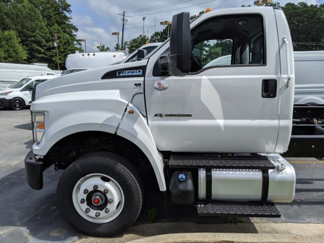 2019 F-650 Regular Cab DRW 4x2,  Cab Chassis #KDF00434 - photo 3