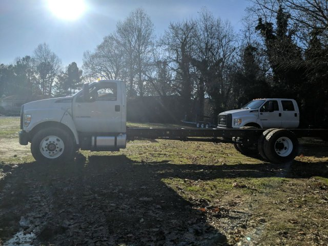 2019 Ford F-750 Regular Cab DRW 4x2, Cab Chassis #KDF14436 - photo 4