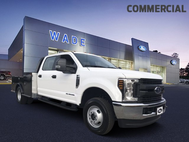 2019 F-350 Crew Cab DRW 4x4,  Hauler Body #KEC84081 - photo 3