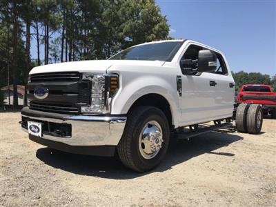 2019 F-350 Crew Cab DRW 4x2,  Cab Chassis #KEE79769 - photo 1