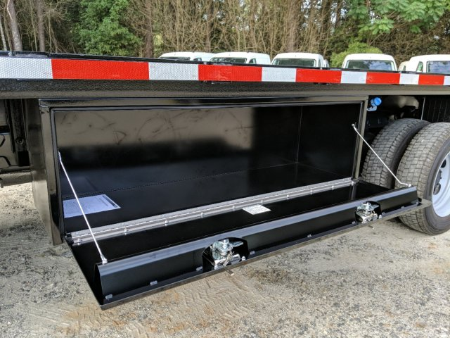 2019 F-550 Regular Cab DRW 4x2,  Smyrna Truck Platform Body #KEF66223 - photo 24