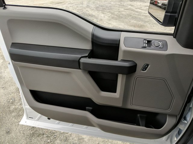 2019 F-150 Regular Cab 4x2, Pickup #KKF07465 - photo 7