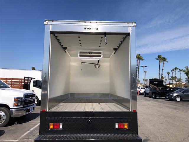 2020 Chevrolet LCF 4500XD Regular Cab DRW 4x2, Metro Truck Body Refrigerated Body #L7K02189 - photo 6