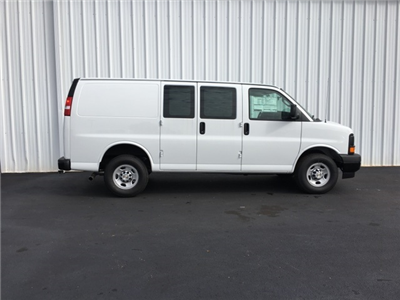 2017 Express 2500 Cargo Van #170208 - photo 3