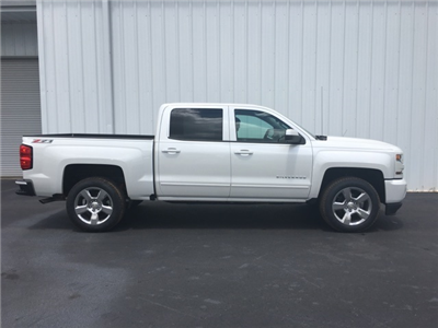 2017 Silverado 1500 Crew Cab 4x4 Pickup #170528 - photo 3
