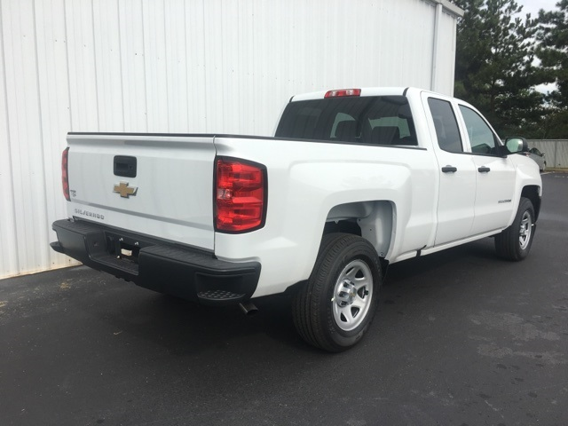 2018 Silverado 1500 Extended Cab Pickup #180043 - photo 2
