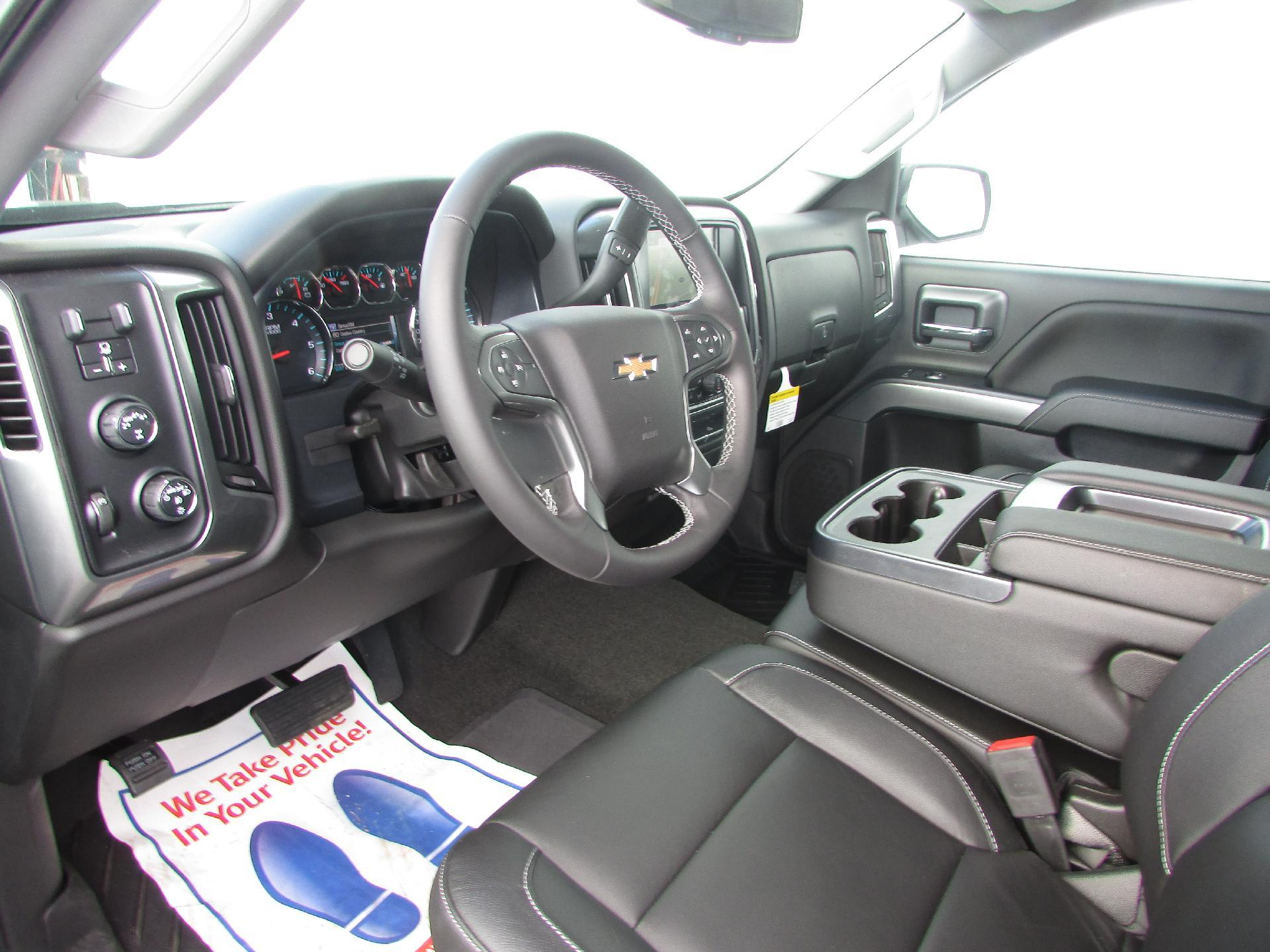 2018 Silverado 1500 Crew Cab 4x4, Pickup #180077 - photo 10