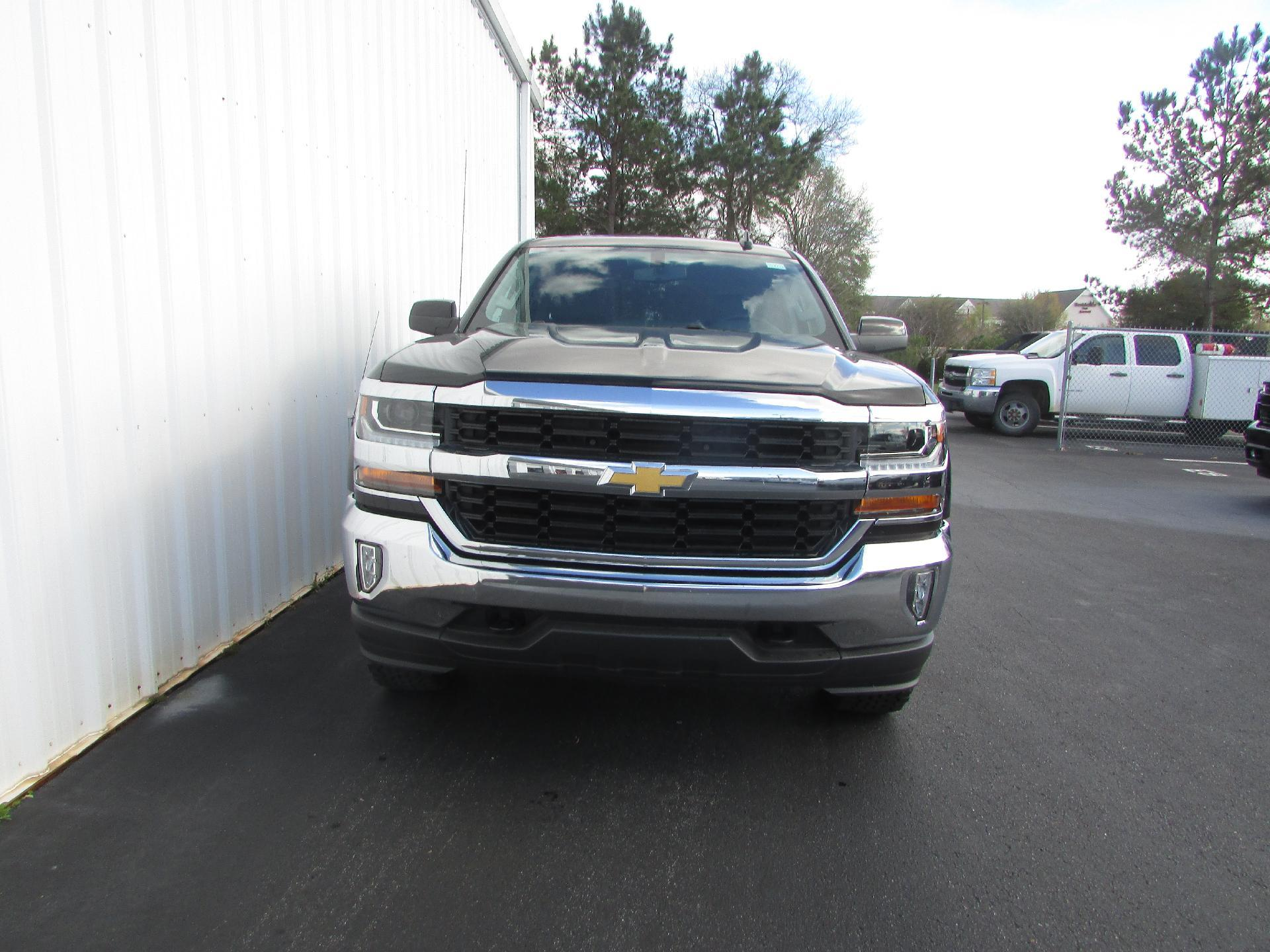 2018 Silverado 1500 Crew Cab 4x4, Pickup #180077 - photo 9