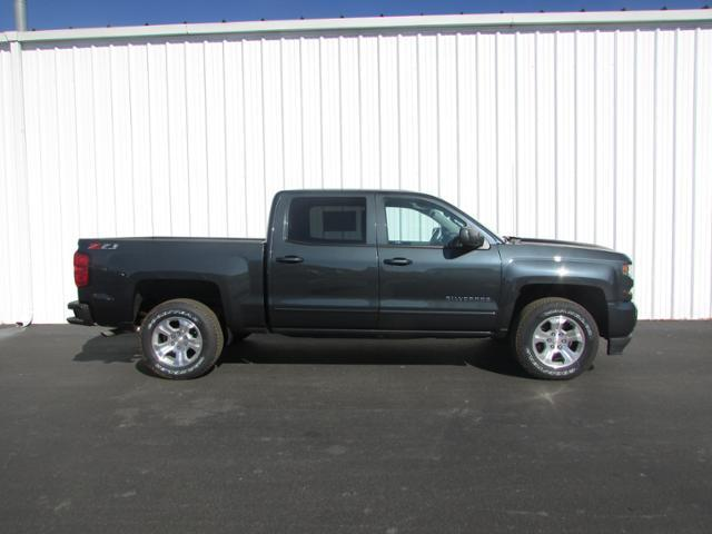 2018 Silverado 1500 Crew Cab 4x4, Pickup #180133 - photo 3