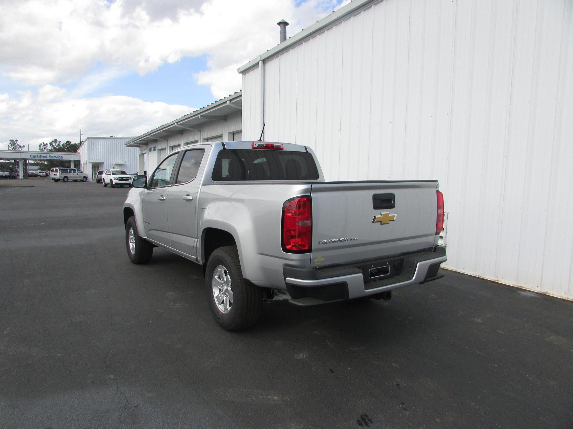 2018 Colorado Crew Cab 4x2,  Pickup #180238 - photo 5