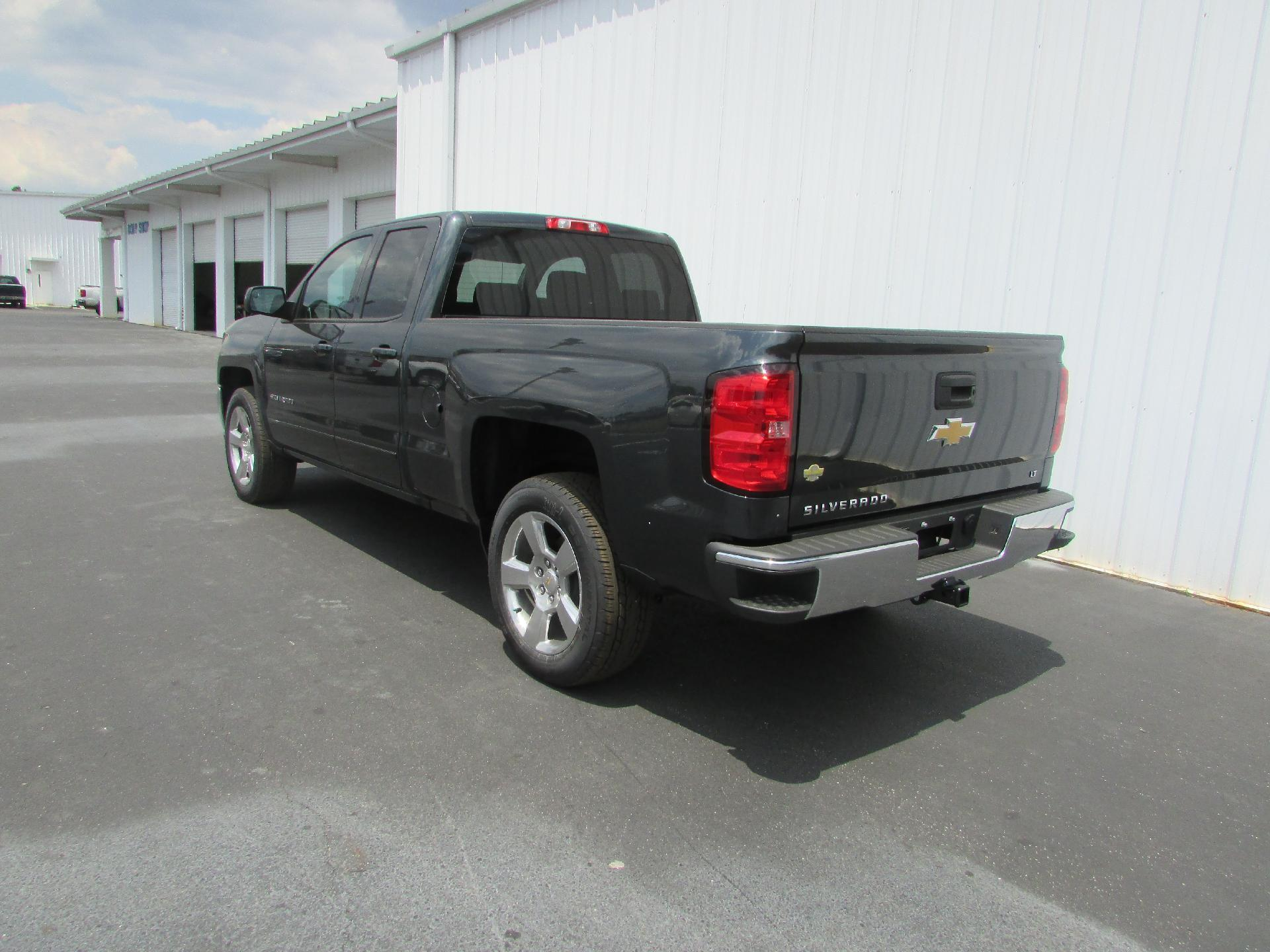 2018 Silverado 1500 Double Cab 4x2,  Pickup #180379 - photo 5