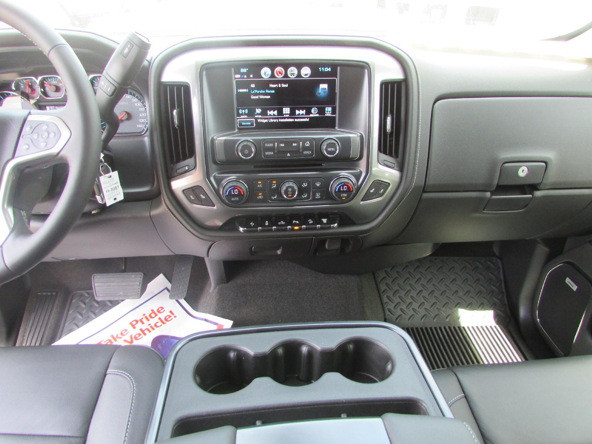 2018 Silverado 2500 Crew Cab 4x4,  Pickup #180387 - photo 10