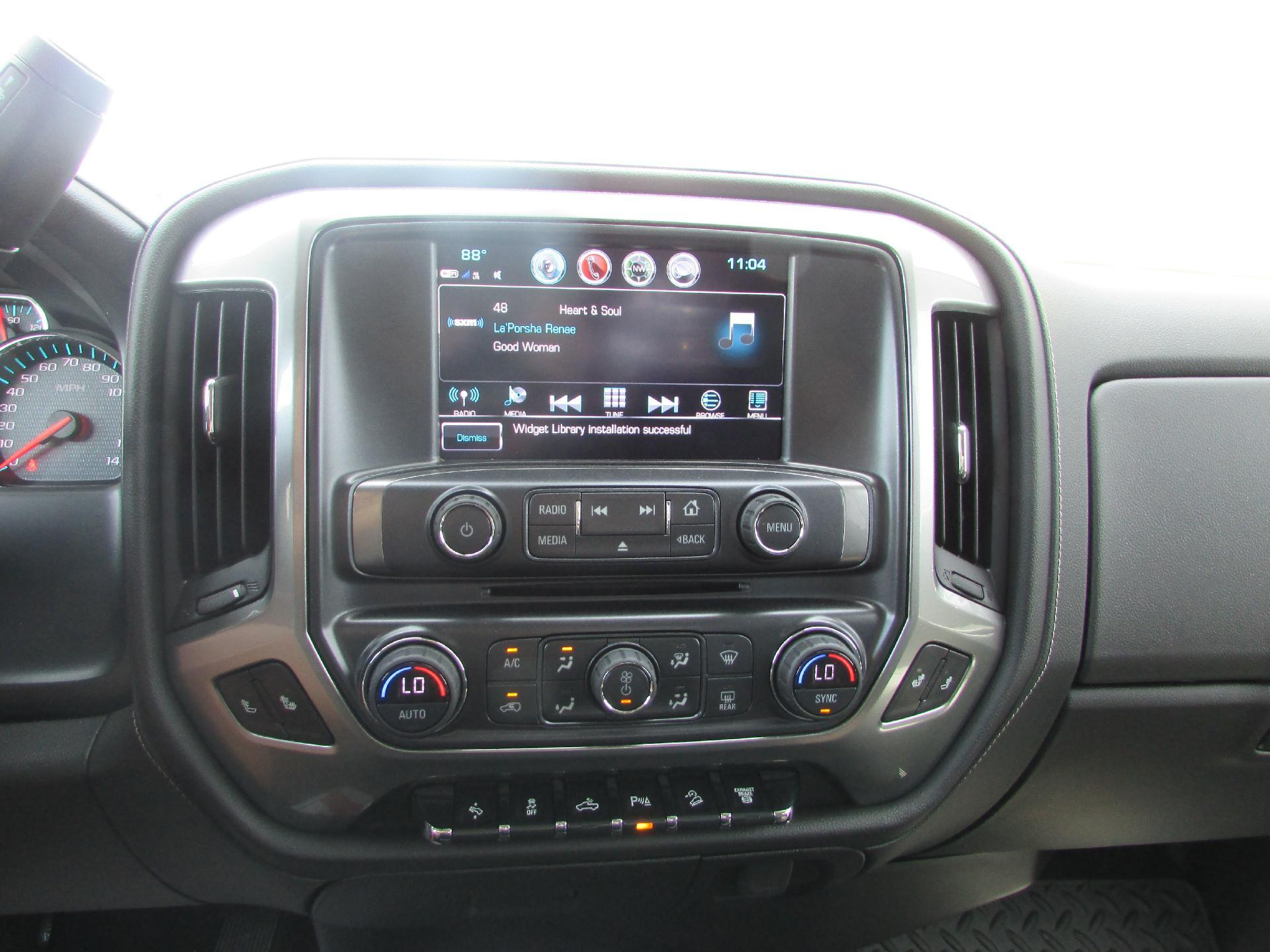 2018 Silverado 2500 Crew Cab 4x4,  Pickup #180387 - photo 11