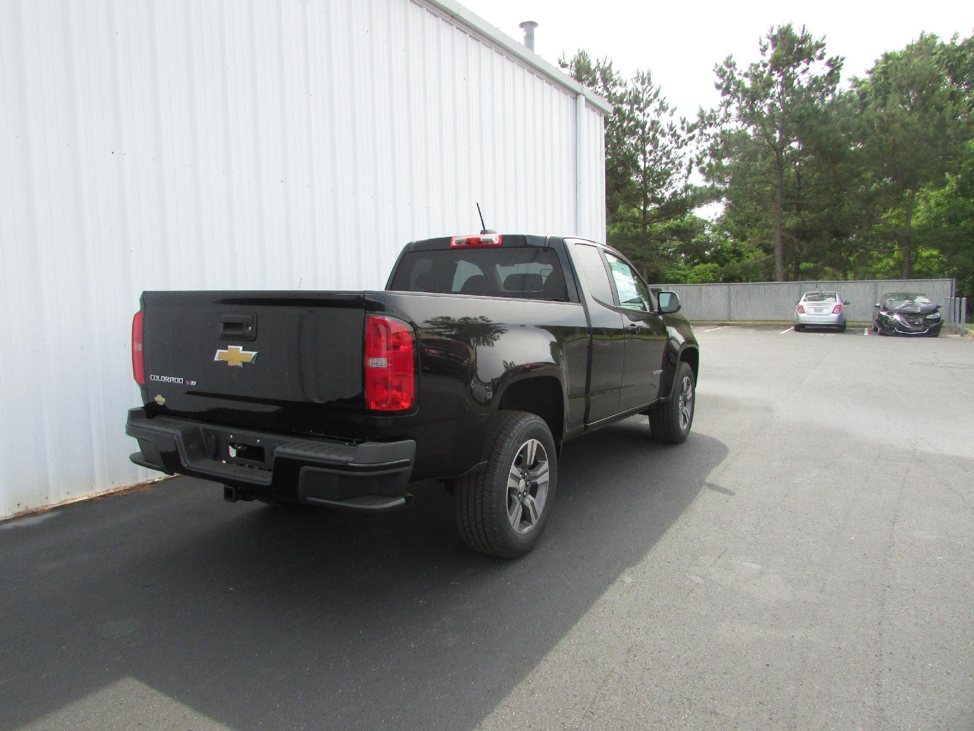 2018 Colorado Extended Cab 4x2,  Pickup #180401 - photo 2