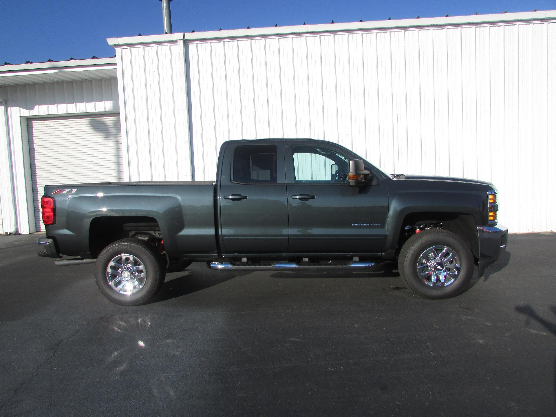 2019 Silverado 2500 Double Cab 4x4,  Pickup #190027 - photo 3