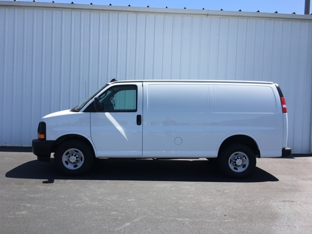 2017 Express 2500 Cargo Van #P8000 - photo 7