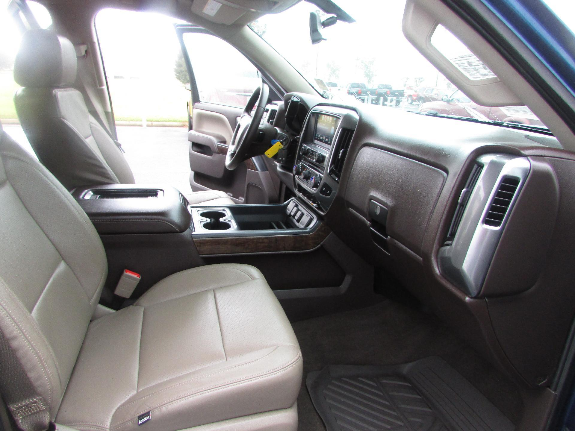 2016 Silverado 1500 Crew Cab 4x2,  Pickup #P9136 - photo 12