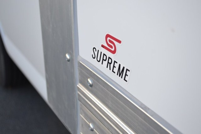 2017 Express 3500, Supreme Refrigerated Body #1707740 - photo 2