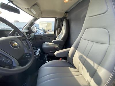 2020 Chevrolet Express 3500 4x2, Refrigerated Body #2083760 - photo 7