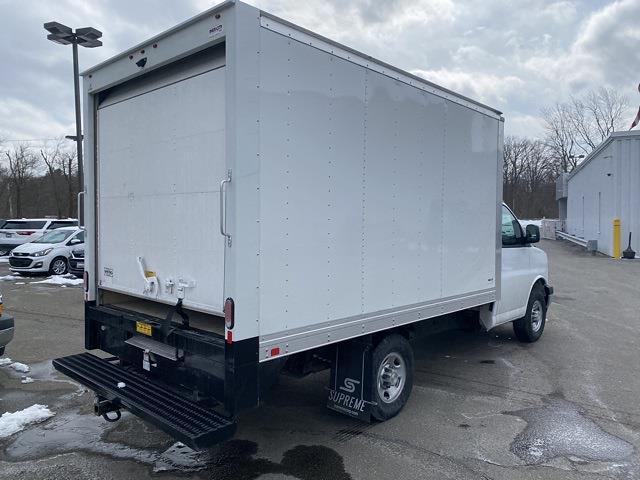 2021 Chevrolet Express 3500 4x2, Supreme Iner-City Cutaway Van #2101650 - photo 2