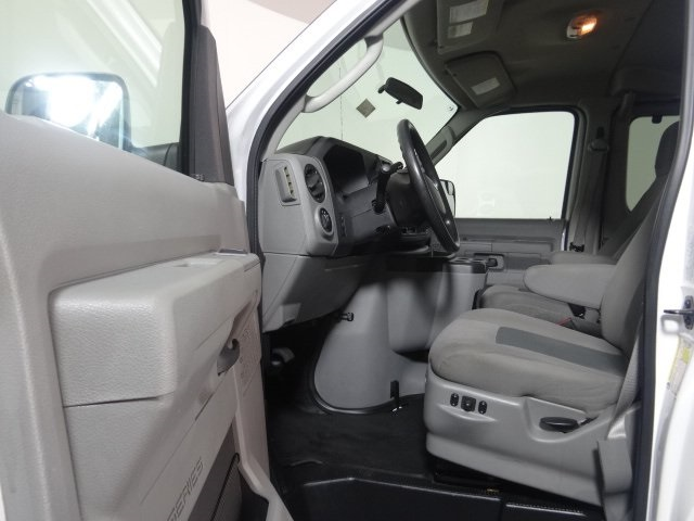 2014 E-350 Passenger Wagon #22896Z - photo 14