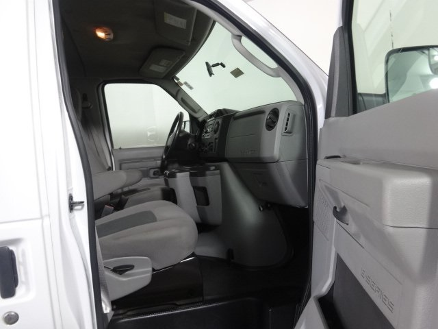 2014 E-350 Passenger Wagon #22896Z - photo 18