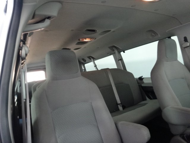 2014 E-350 Passenger Wagon #22896Z - photo 19