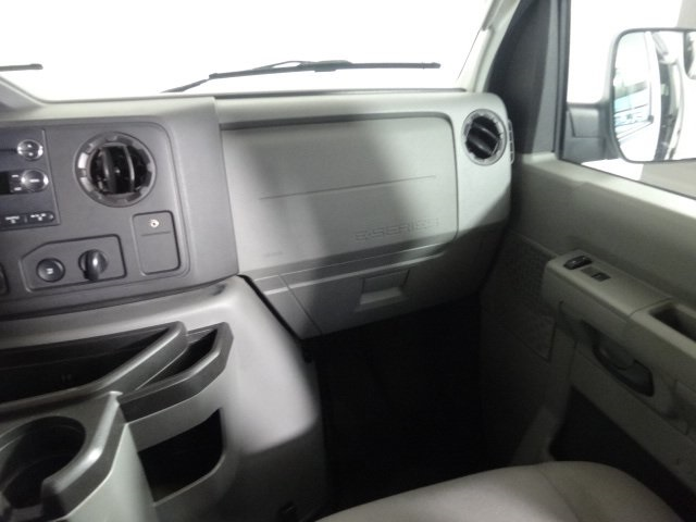 2014 E-350 Passenger Wagon #22896Z - photo 24