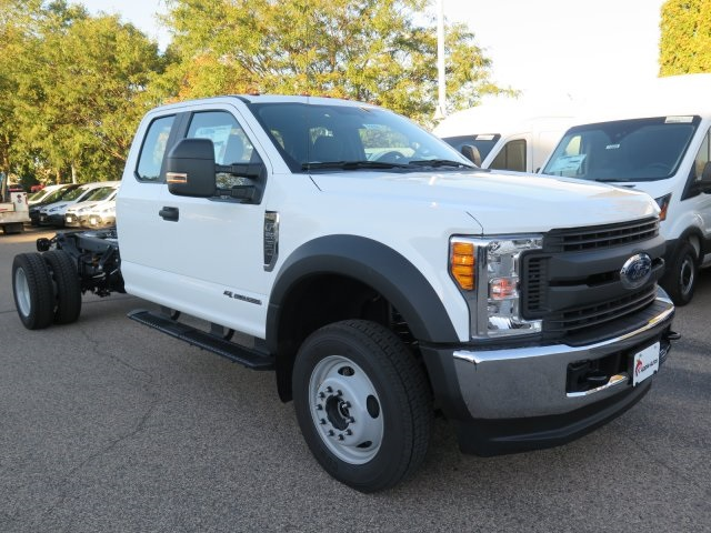 2017 F-550 Super Cab DRW 4x4, Cab Chassis #71656 - photo 3