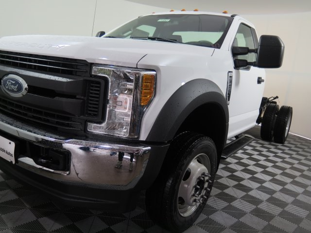 2017 F-550 Regular Cab DRW 4x4, Cab Chassis #71953 - photo 4