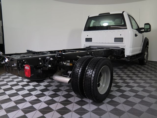 2017 F-550 Regular Cab DRW 4x4, Cab Chassis #71953 - photo 2