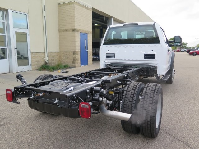2017 F-550 Regular Cab DRW 4x4, Cab Chassis #72142 - photo 6