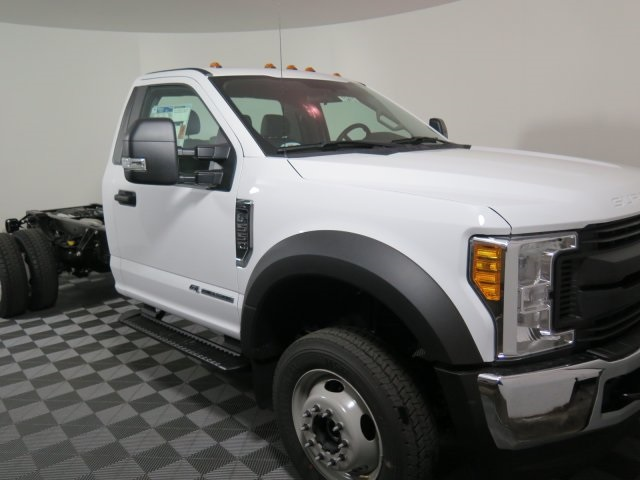 2017 F-550 Regular Cab DRW 4x4, Cab Chassis #72412 - photo 3