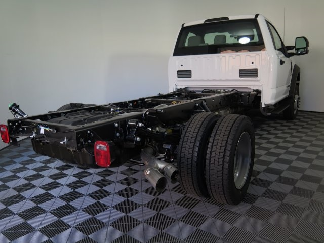 2017 F-550 Regular Cab DRW 4x4, Cab Chassis #72412 - photo 6