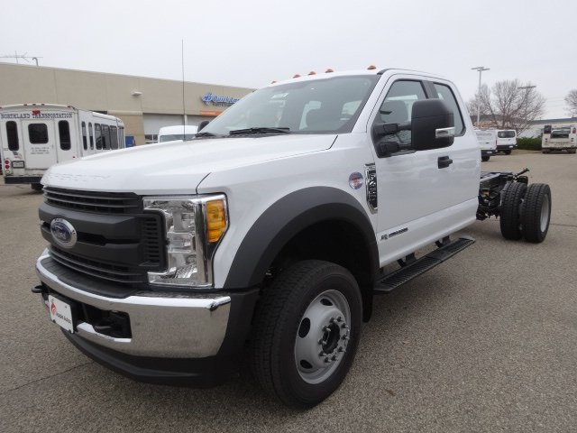 2017 F-450 Super Cab DRW 4x4, Cab Chassis #75379 - photo 4