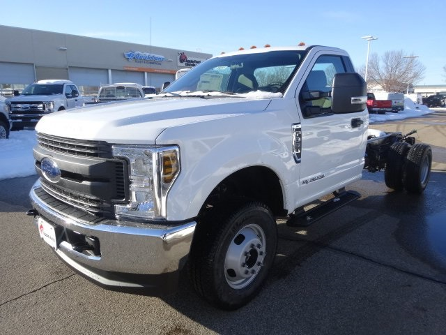 2018 F-350 Regular Cab DRW 4x4, Cab Chassis #76311 - photo 4