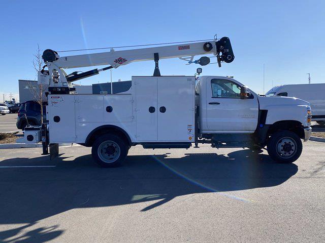 2020 Chevrolet Silverado 6500 Regular Cab DRW 4x4, Iowa Mold Tooling Dominator I Mechanics Body #G051595 - photo 6