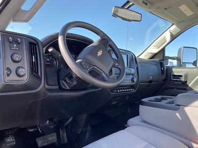 2020 Chevrolet Silverado 6500 Regular Cab DRW 4x4, Iowa Mold Tooling Dominator I Mechanics Body #G051595 - photo 10
